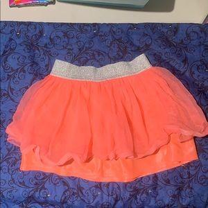 Girls salmon colored ruffled skirt. Size 3T